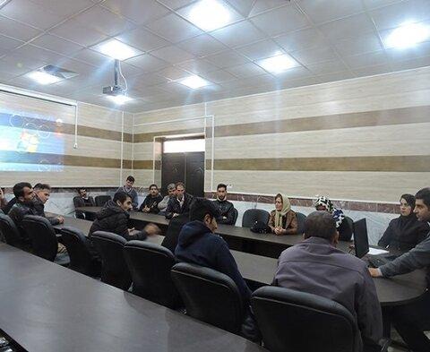 برگزاری کارگاه آموزشی و آماده سازی شغلی معلولین دهگلان