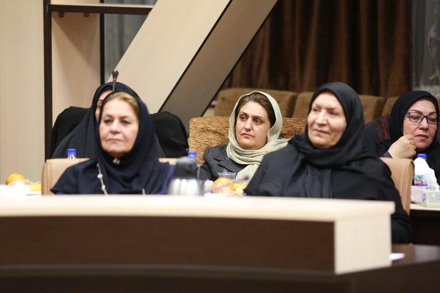 نشست رئیس سازمان بهزیستی با اعضای انجمن مددکاری