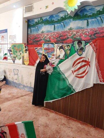 گزارش تصویری/ نواخته شدن زنگ انقلاب در مهدهای کودک استان