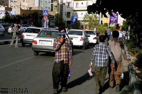 تشخیص هویتکودکان کار و خیابان از روی عنبیه چشم