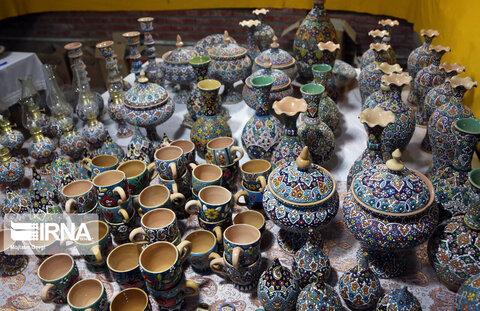 نمایشگاه صنایع دستی مددجویان بهزیستی ملارد برپا شد