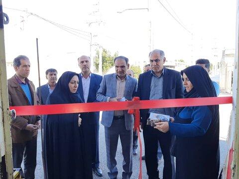 افتتاح چهار طرح اشتغالزایی و بازدید از منازل زنان سرپرست خانوار دهلرانی