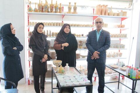 گزارش تصویری ا بازدید مدیرکل بهزیستی استان سمنان از کارگاه اشتغالزایی