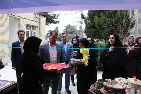 گزارش تصویری نمایشگاه صنایع دستی مددجویان بهزیستی ایلام
