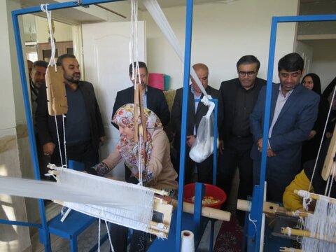 دامغان ا افتتاح کارگاه کرباس بافی ویژه مددجویان توانبخشی در امیریه دامغان
