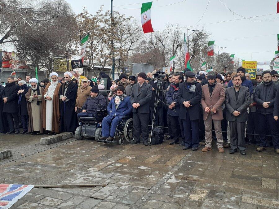 گزارش تصویری | حضور کارکنان ، مراکز تحت نظارت و استقرار خودروهای اورژانس اجتماعی در راهپیمایی 22 بهمن