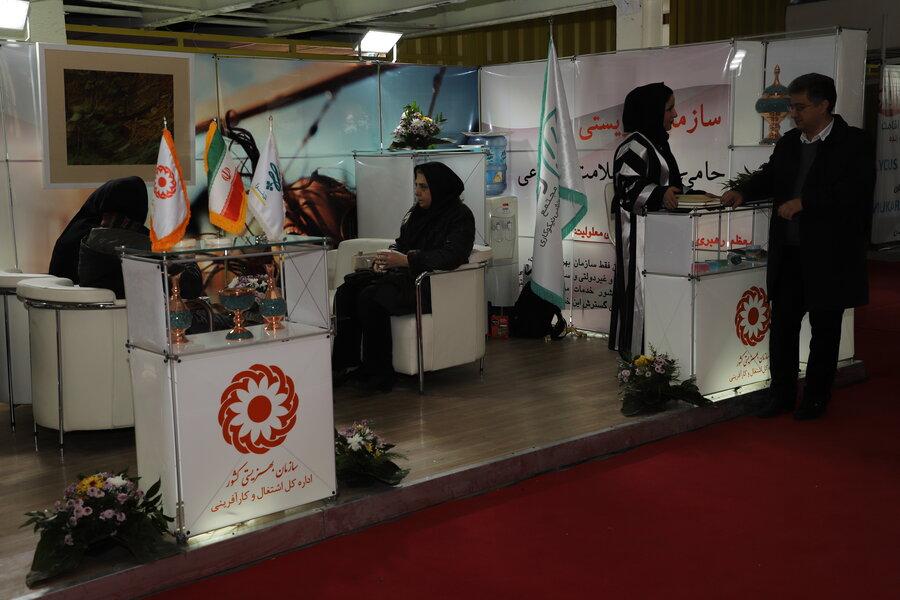 /گزارش/ نخستین حضور رسمی افراد هنرمند تحت پوشش بهزیستی در نمایشگاه ملی صنایع دستی