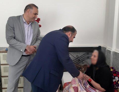 مدیرکل بهزیستی فارس و  اعضا شورای معاونین  از مرکز شبانه روزی نگهداری آموزشی توانبخشی سالمندان  مهر شیرازبازدید کردند