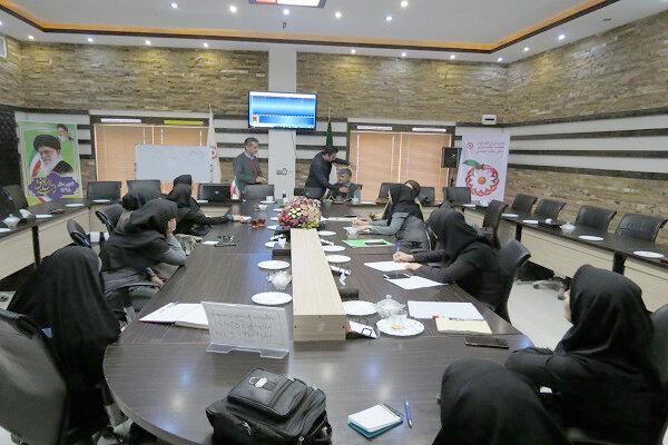 شاهین شهر و میمه| برگزاری پنجمین جلسه باشگاه ازدواج وخانواده در شاهین شهر