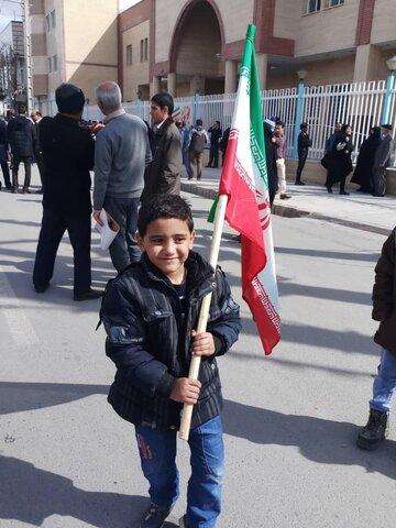 گزارش تصویری / نمایشگاه مهدهای کودک و حضور در راهپیمایی بزرگ 22 بهمن