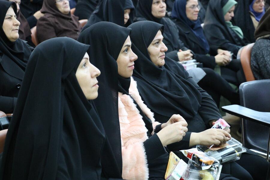 جشن گرامیداشت مقام مادر و روز زن