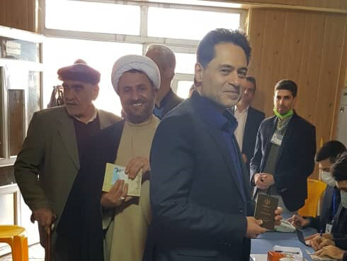 حضور مدیر کل بهزیستی گیلان ، پای صندوق رای در انتخابات مجلس شورای اسلامی