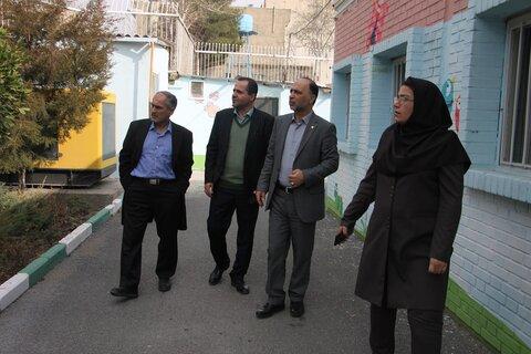 مدیرکل بهزیستی استان از مراکز ترکمانی و خیام بازدید کرد