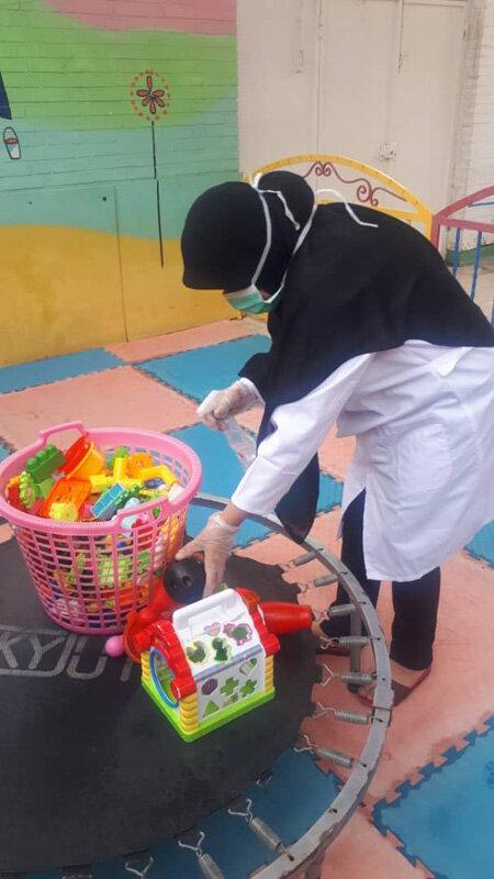 ضدعفونی و پیشگیری از شیوع ویروس کرونا مراکز دولتی و غیر دولتی خوزستان