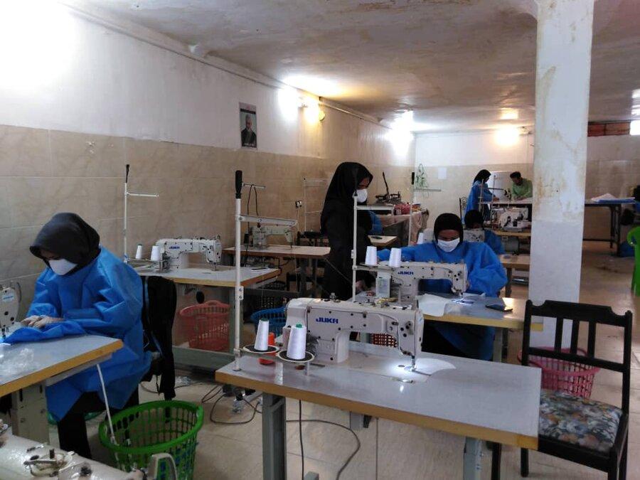 خط تولید ماسک پایگاه خدمات اجتماعی تدبیر و زندگی شهر کرمان راه اندازی شد