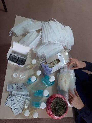 ۳۱۴۵ بسته ی بهداشتی به ارزش 943 میلیون ریال بین مراکز و انجمن های تحت نظارت بهزیستی در سطح استان برای پیشگیری از کرونا توزیع شد
