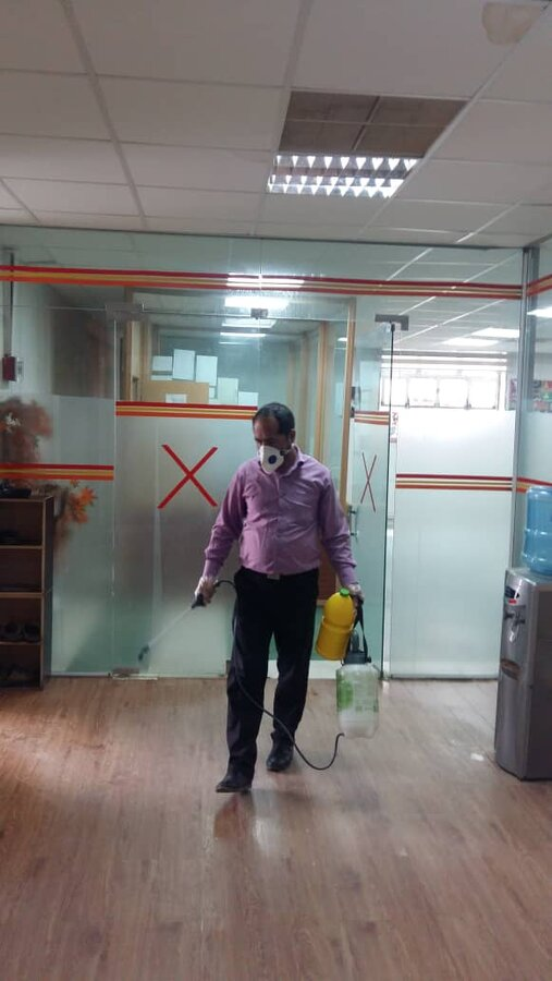 گزارش تصویری/ضد عفونی مرکز صدای مشاور بهزیستی ایلام