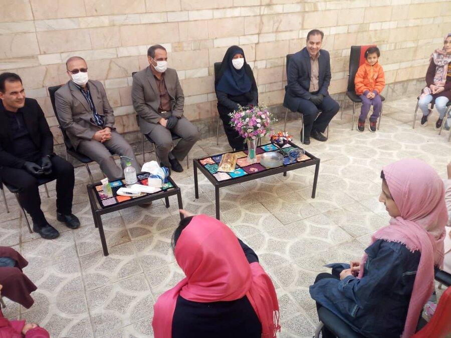 دیدار صمیمی مدیرکل بهزیستی استان کرمانشاه با فرزندان مقیم خانه های کودکان ونوجوانان