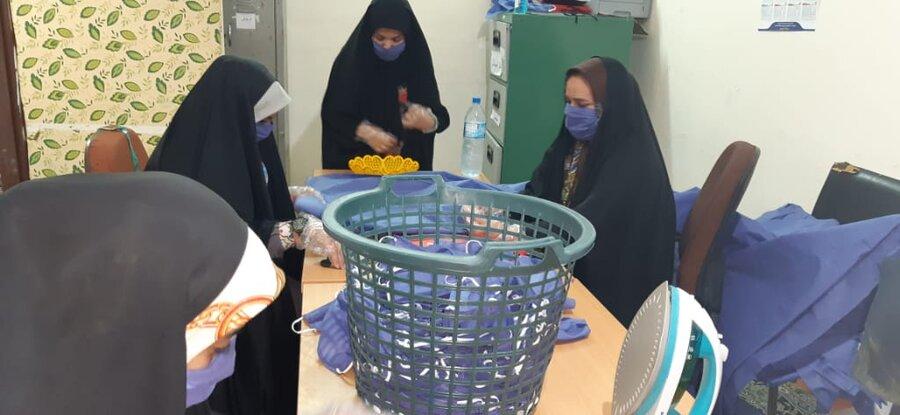 تولید ماسک و دستکش زنان سرپرست خانوار دشت آزادگان