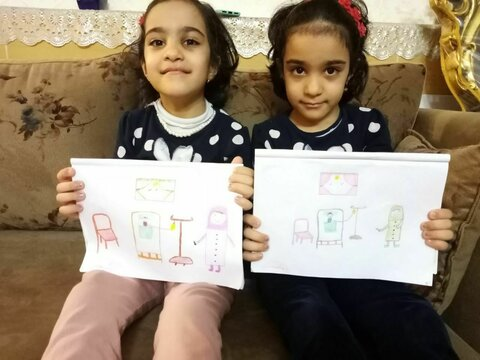 تشکر و قدردانی کودکان مهد کودک فروغ با نقاشی کادر زحمتکش بیمارستان  و آرزوی سلامتی برای آنها در سال جدید..