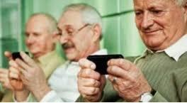 سالمندان بهزیستی استان از طریق شبکه های مجازی با خانواده های خود دیدار می کنند