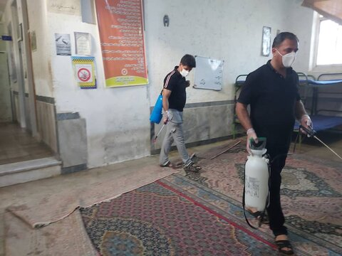 گزارش تصویری/ گندزدایی مراکز ترک اعتیاد مهران