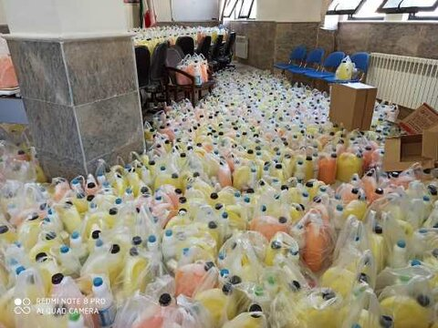توزیع بستههای بهداشتی ویژه خانوادههای تحت پوشش و پشت نوبت بهزیستی بیجار