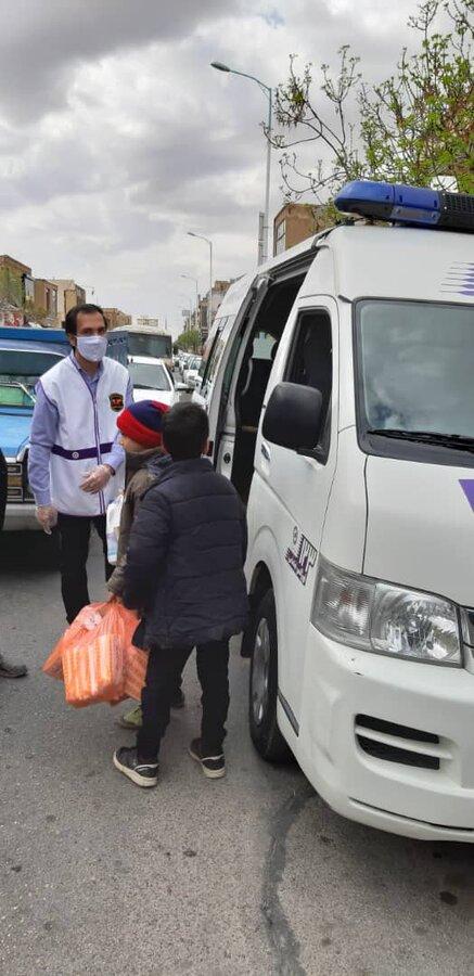 گزارش تصویری ا توزیع پک بهداشتی و مواد غذایی