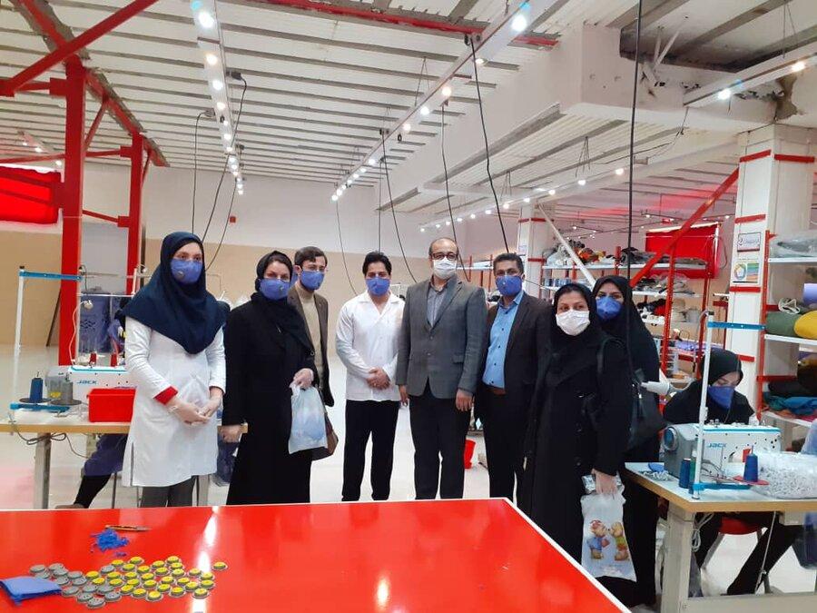 بازدید مدیرکل اشتغال و کارافرینی سازمان بهزیستی کشور از کارگاه تولید ماسک و لباس بیمارستانی آیریک در املش/ گیلان