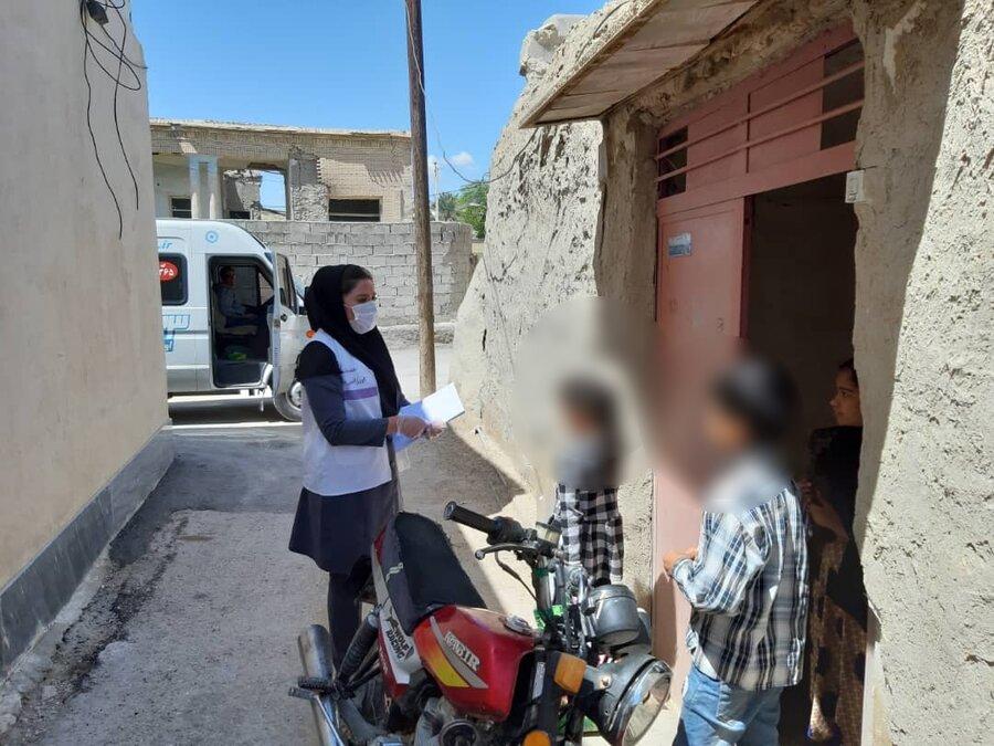 تداوم اجرای طرح کشوری آموزش و توزیع بسته های بهداشتی در میان کودکان کار و خیابانی شهرستان لامرد