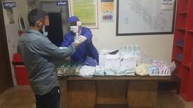 توزیع پک بهداشتی ویره پیشگیری و کنترل بیماری کرونا دربین سومصرف کننده گان مواد مخدر به روایت تصویر