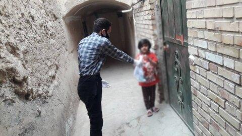 گزارش تصویری ا توزیع پک های بهداشتی در مناطق آسیب خیز
