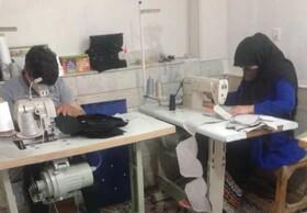 بوئین و میاندشت| تولید ماسک توسط کارگاه تولیدی مددجویان تحت حمایت بهزیستی