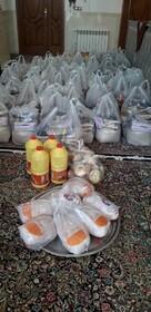 اهداء 80 بسته مواد غذایی به بهزیستی زرند در روز طبیعت