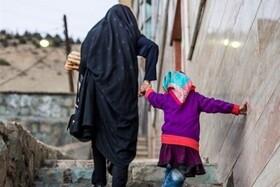 ۴۰ هزار خانواده زن سرپرست در صف دریافت مستمری بهزیستی