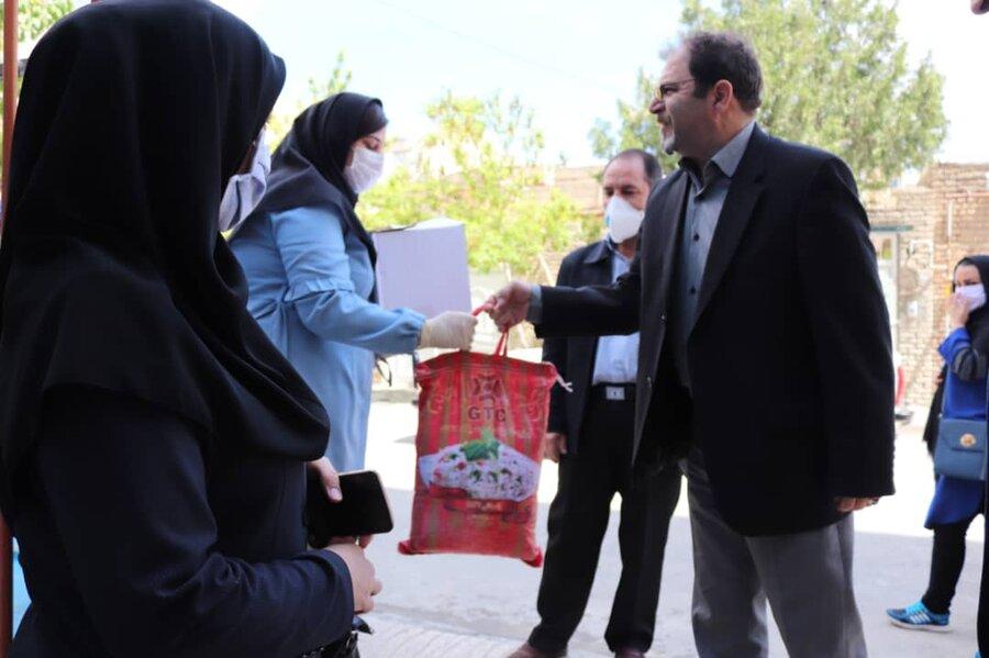 توزیع ۲۲۱ بسته معیشتی بین کارکنان واجد شرایط مهدهای کودک شهرستان ارومیه