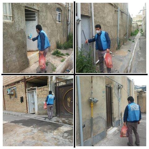 ساوجبلاغ  توزیع بسته های بهداشتی در محله های کم بضاعت شهرستان ساوجلاغ