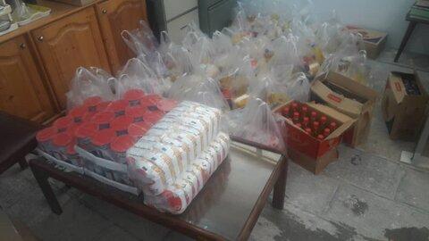 توزیع سبد غذایی بین مددجویان مدیریت بهزیستی شهرستان بوشهر