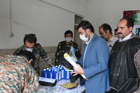 توزیع پک بهداشتی در حاشیه شهرهای سیستان و بلوچستان