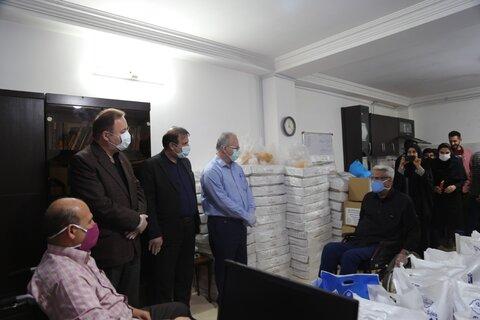بازدید مدیر کل بهزیستی مازندران از کمک های انجمن معلولین ضایعه نخاعی استان در رزمایش همدلی مومنانه