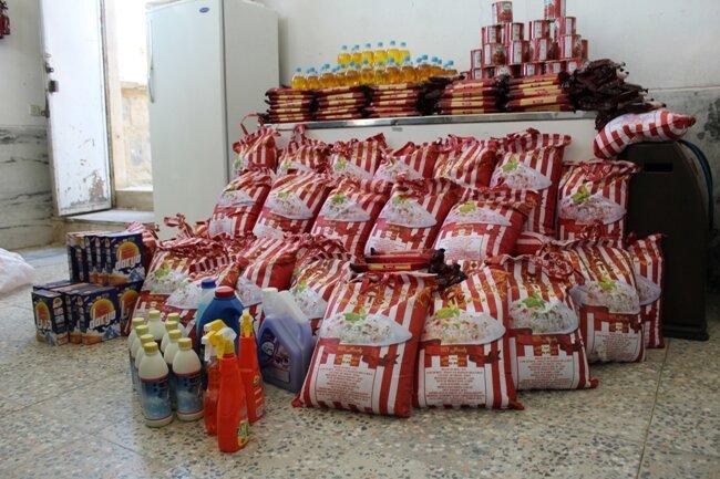 برخوار| توزیع 200 بسته غذایی در بین مددجویان بهزیستی شهرستان