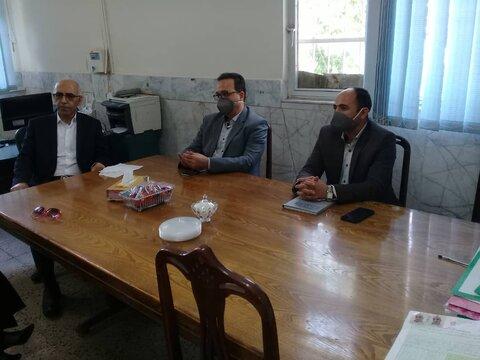 سمنان | نشست صمیمی و تخصصی مدیرکل با کارشناسان و مددکاران مرکز تامین و توسعه شهرستان