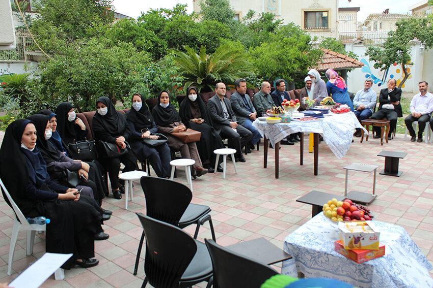 مراسم تجلیل از دختران موفق وبرگزیده تحت حمایت اداره کل بهزیستی استان گیلان در خانه ی شبانه روزی شایگان ثابت