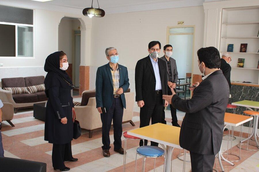 گزارش تصویری | دکترمجیدرضازاده معاون توسعه پیشگیری سازمان بهزیستی کشور از مراکز جامع درمان اعتیاد بهزیستی البرز بازدید کرد