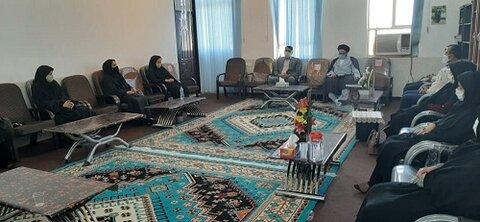 دیدار کار کنان اداره بهزیستی شهرستان چرام با امام جمعه شهرستان بمناسبت هفته بهزیستی