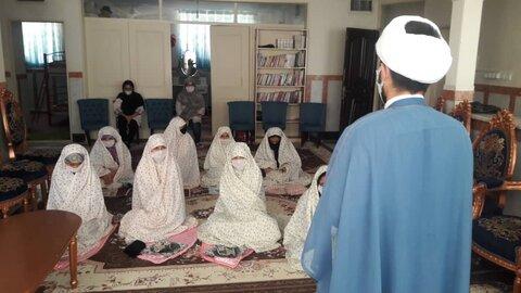 پاکدشت|برگزاری جشن تکلیف دختران تحت حمایت بهزیستی در مرکز شبانه روزی آرامش اتابکان