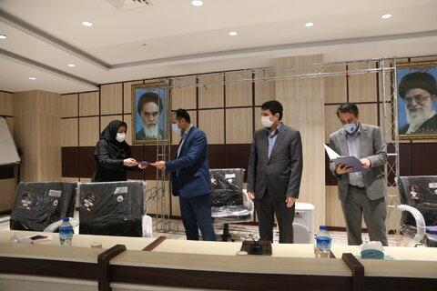 عکس| تجلیل و تقدیر از کارمندان نمونه گلستانی در مراسم گرامیداشت چهلمین سالگرد تاسیس سازمان بهزیستی