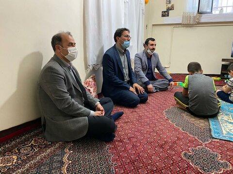 گزارش تصویری از حضور نماینده مردم زنجان و طارم به مناسبت هفته بهزیستی در منزل مددجوی تحت پوشش بهزیستی