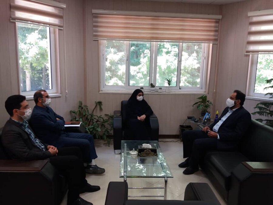 خوانسار| نشست صمیمانه مدیر کل بهزیستی استان اصفهان با پرسنل بهزیستی خوانسار