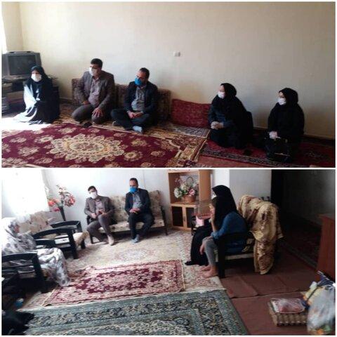 نظرآباد  دیدار رئیس بهزیستی نظرآباد با مددجویان سادات تحت پوشش حوزه اجتماعی و توانبخشی